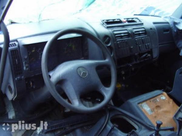 Mercedes Benz Atego 818. Mercedes-Benz Atego 818