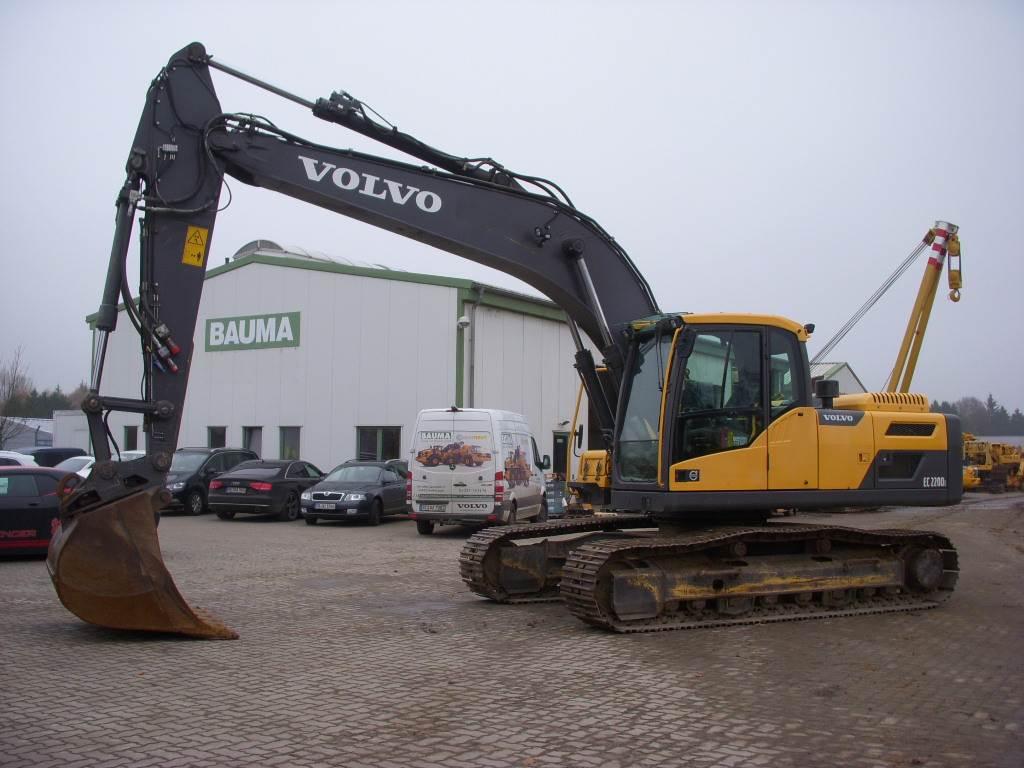 Volvo EC 220 D L (12000816)