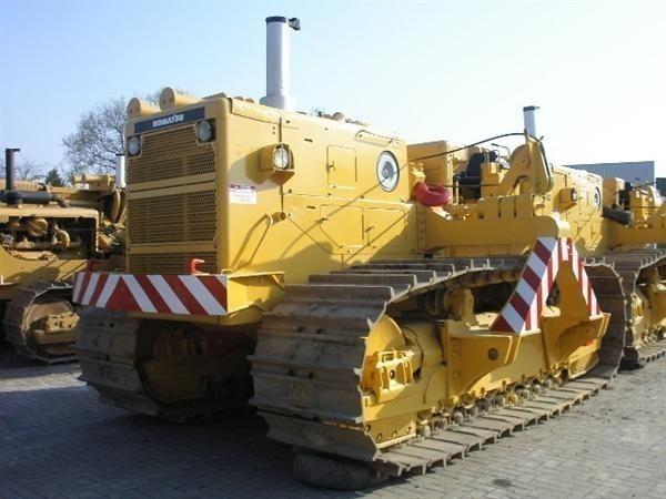 Komatsu D 355 C (28) pipelayer