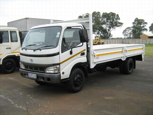 toyota dyna 7145 flatbed dropside trucks year of mnftr 2005 pre owned flatbed dropside trucks. Black Bedroom Furniture Sets. Home Design Ideas