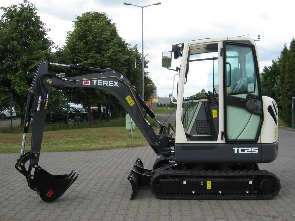 used terex tc25 mini excavators. Black Bedroom Furniture Sets. Home Design Ideas