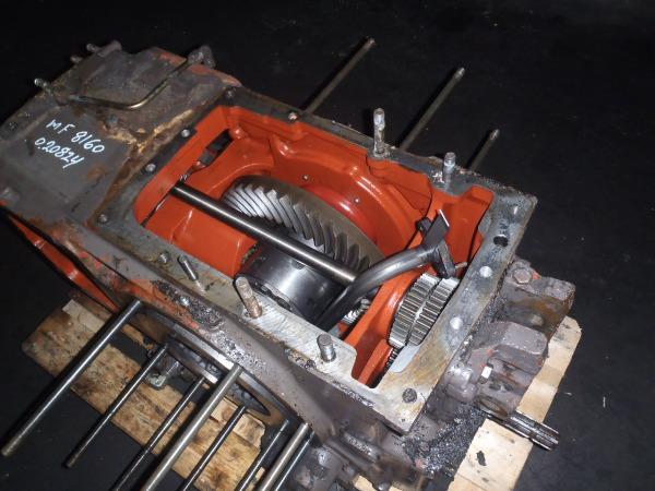Massey Ferguson Transmission Parts : Rear transmission massey ferguson for sale used