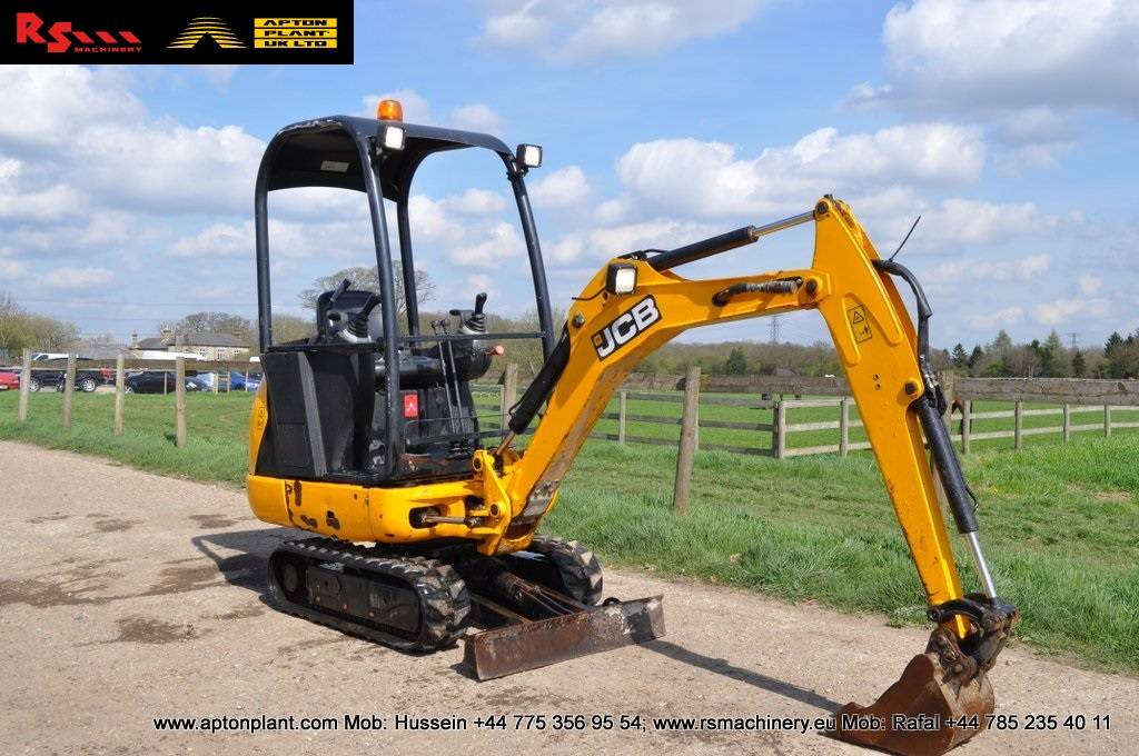 jcb 8014 cts mini excavator digger ann e d 39 immatriculation 2014 mini pelle. Black Bedroom Furniture Sets. Home Design Ideas