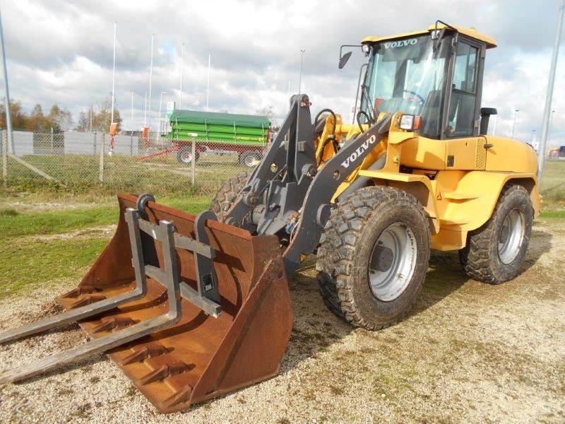 Mini Construction Equipment : Used volvo l b tp mini wheel loader year price