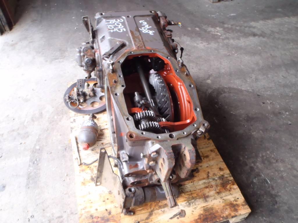 Massey Ferguson Transmission Parts : Rear transmission massey ferguson id