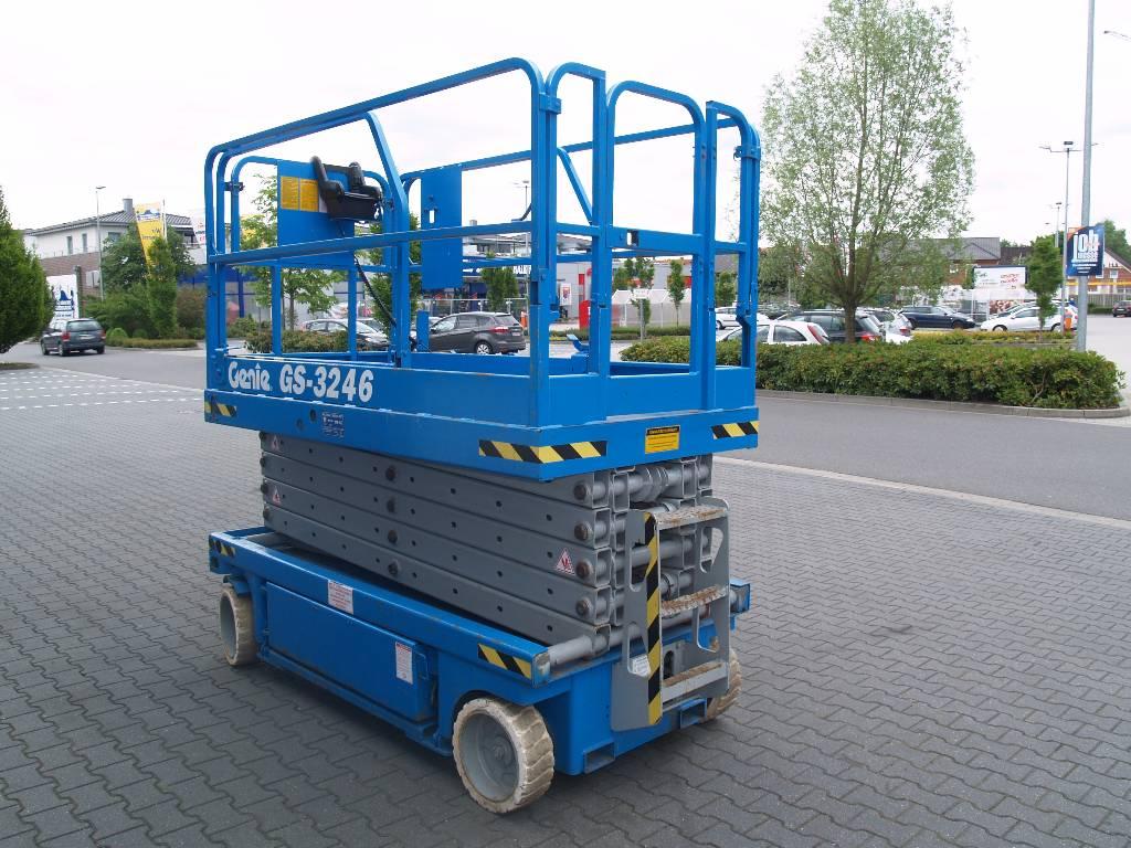 Genie gs 3246 anno di costruzione 2001 piattaforme for Opzioni di rivestimenti verticali