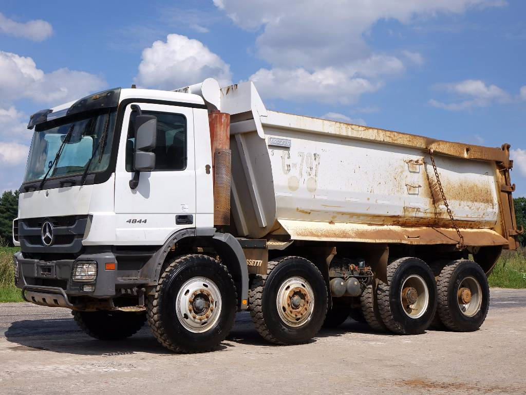 Used mercedes benz actros 4844k 8x4 dump trucks year 2010 for Mercedes benz trucks usa