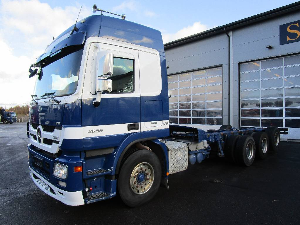 Used mercedes benz actros 2655 8x4 cab chassis year for Mercedes benz actros for sale