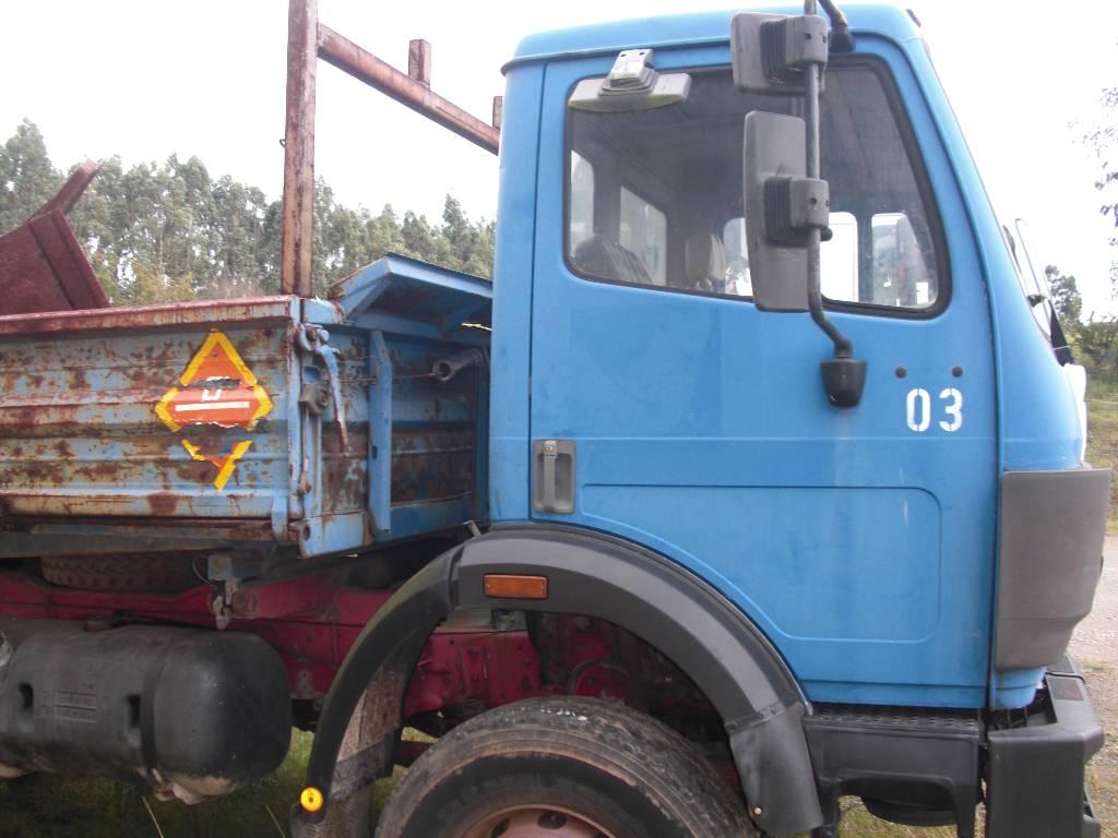 Mercedes benz 1717 ak asturias precio a o de for Camiones usados en asturias