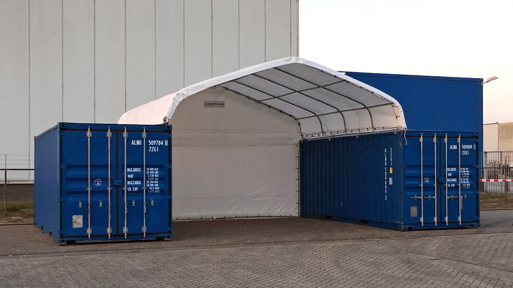 Kroftman container shelter container overkapping other for Construction container