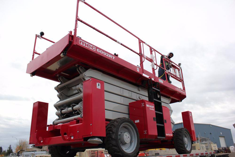 Mec 6092 Rt - Scissor Lifts For Rent  Year Of Manufacture  Year  2015