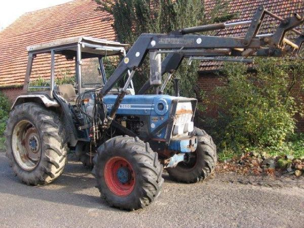 Ford 5600 Tractor : Ford tractors year of manufacture mascus uk