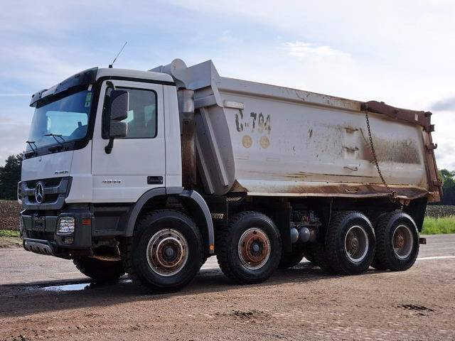 Mercedes benz actros 4844 tipper trucks price 32 178 for Mercedes benz financial phone number usa