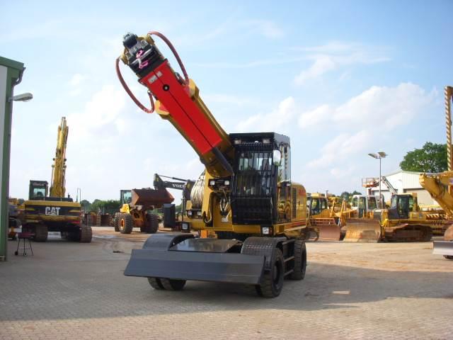 Gradall XL 4300