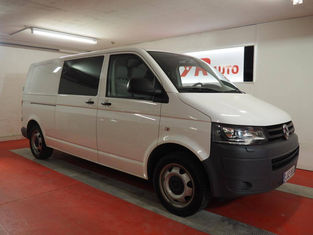 volkswagen transporter occasion prix 25 726 ann e d 39 immatriculation 2013 utilitaire. Black Bedroom Furniture Sets. Home Design Ideas