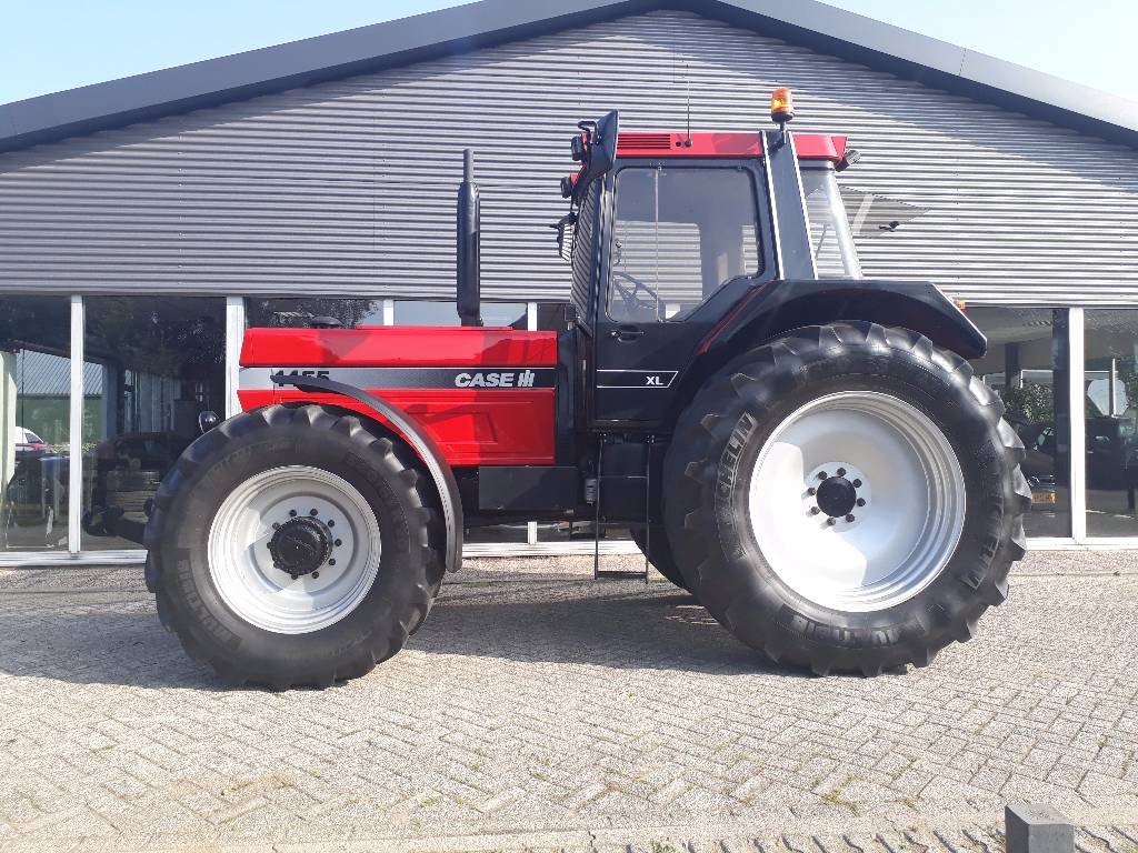 Case ih 1455 xl bouwjaar 1993 tweedehands tractoren for Te international