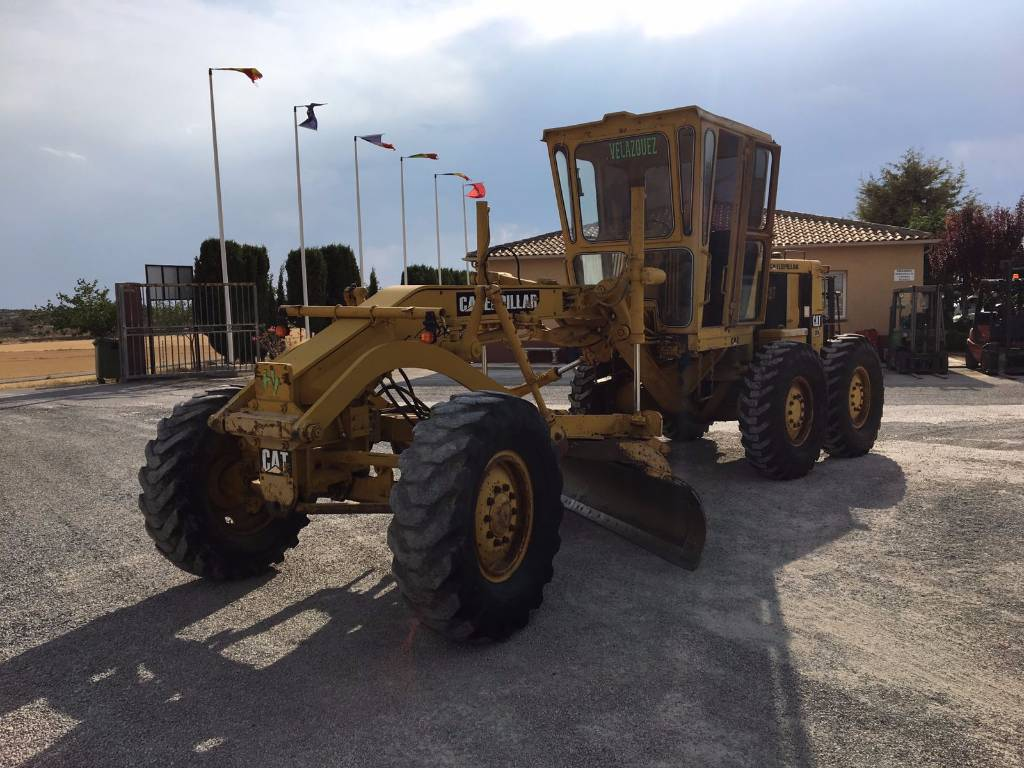 Used caterpillar 120 g motor graders year 1988 price for Used motor graders for sale