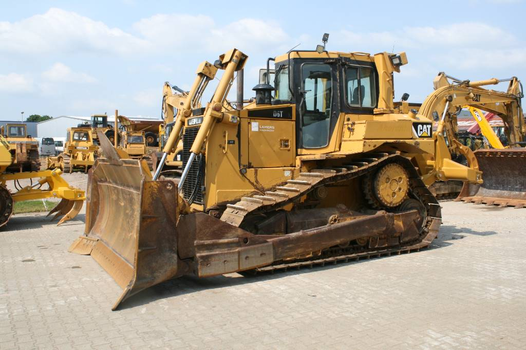 Caterpillar D 6 T XL original 7790 hours FACTORY CE