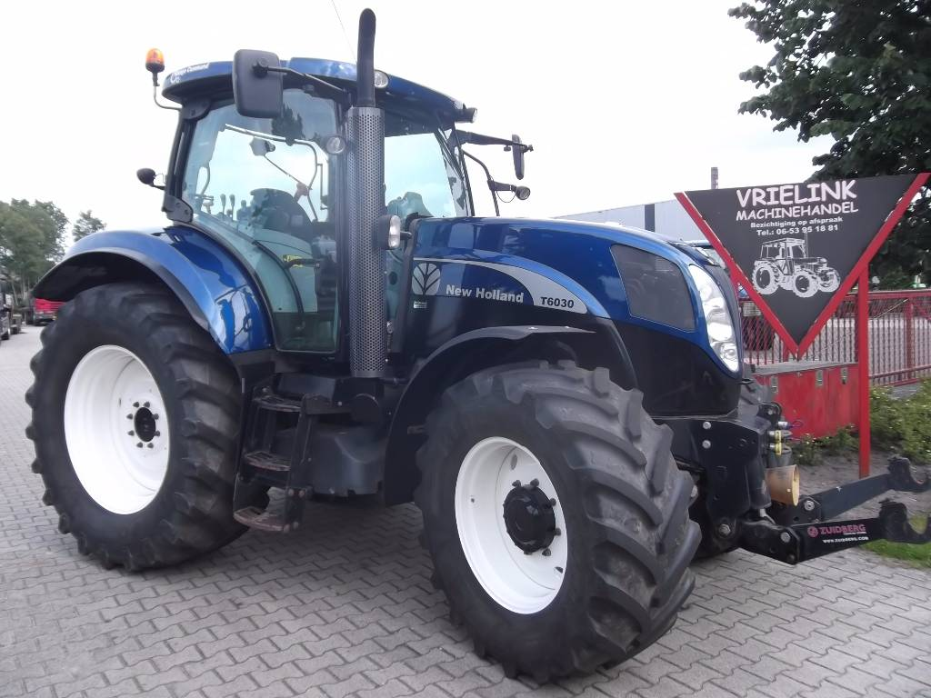 Blue Holland Tractors : New holland t rc blue power year tractors