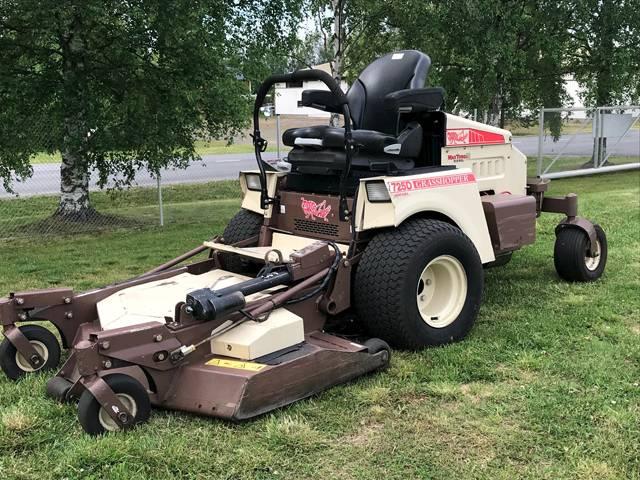 Used Grasshopper 725dt 3552rr Zero Turn Mowers Year