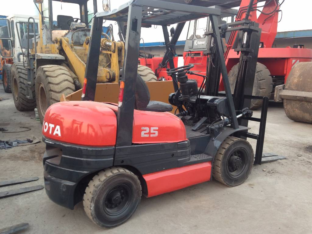 used toyota 6 fd 25 diesel forklifts year 2010 price 5 000 for sale mascus usa. Black Bedroom Furniture Sets. Home Design Ideas