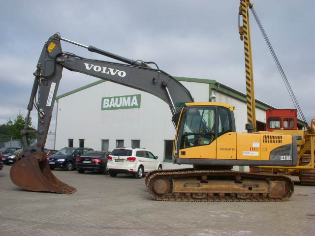 Volvo EC 210 C L (12000478)