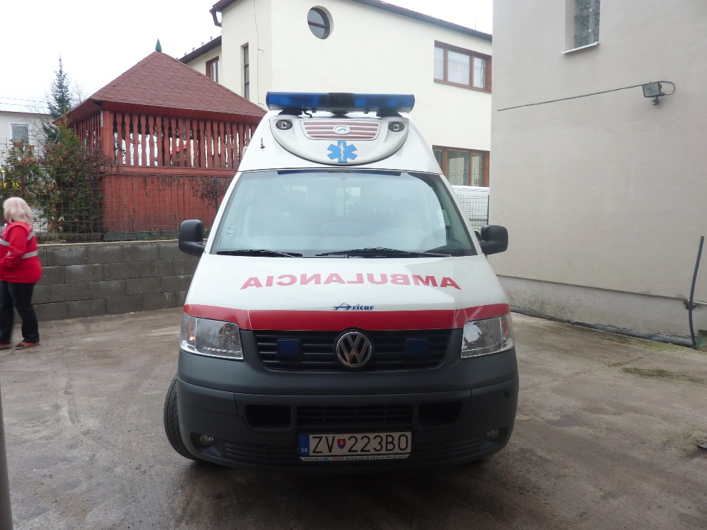 volkswagen transporter t5 occasion prix 9 000 ann e d 39 immatriculation 2006 ambulance. Black Bedroom Furniture Sets. Home Design Ideas