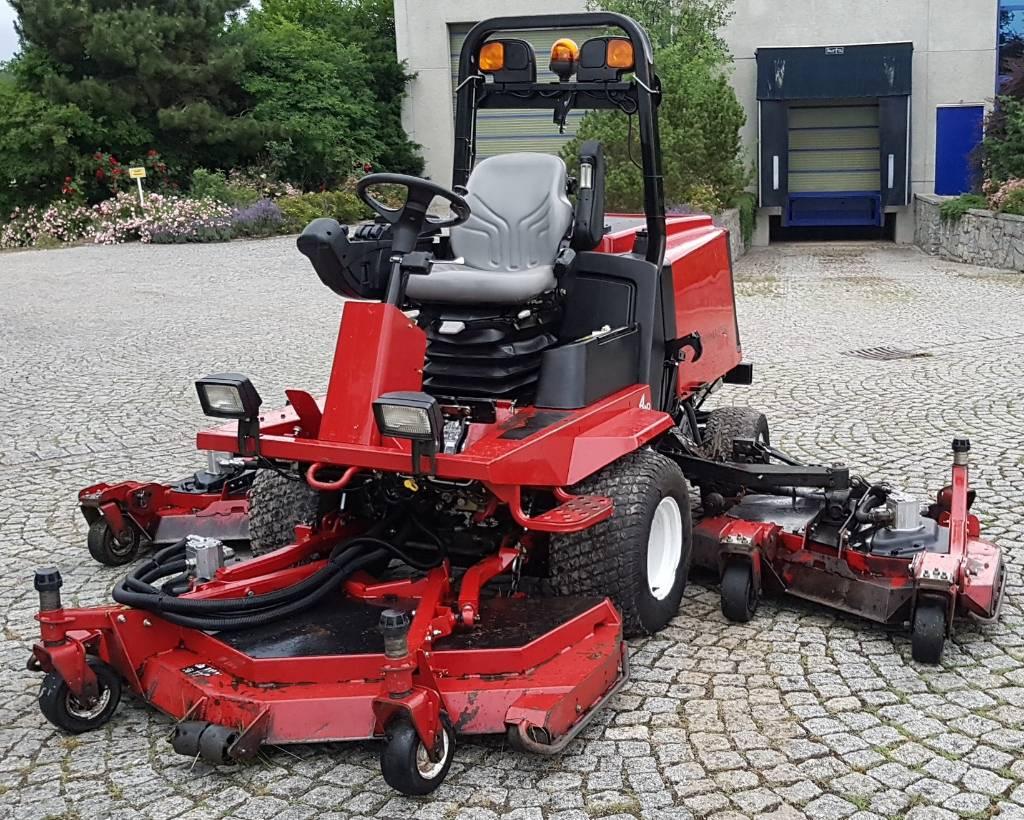 toro groundsmaster 4000 sichelm her 91746 weidenbach preis baujahr 2010. Black Bedroom Furniture Sets. Home Design Ideas