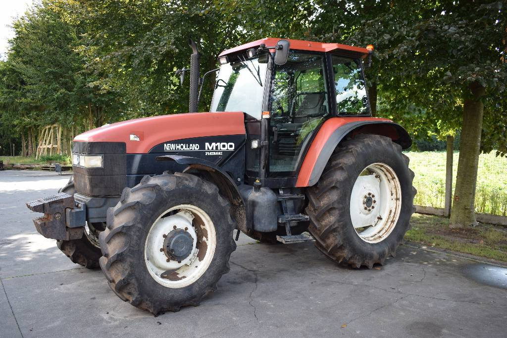 New Holland M100 - Year: 1996 - Tractors - ID: 31149275 ...