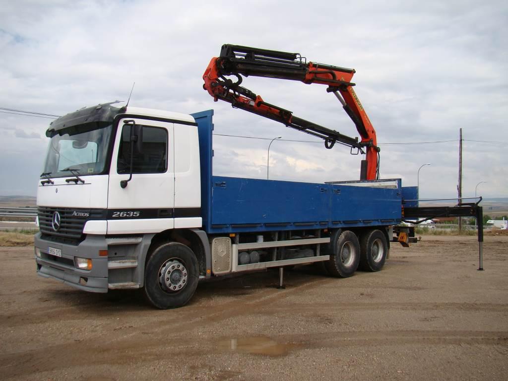 Used mercedes benz actros 2635 crane trucks year 2000 for for Mercedes benz actros for sale