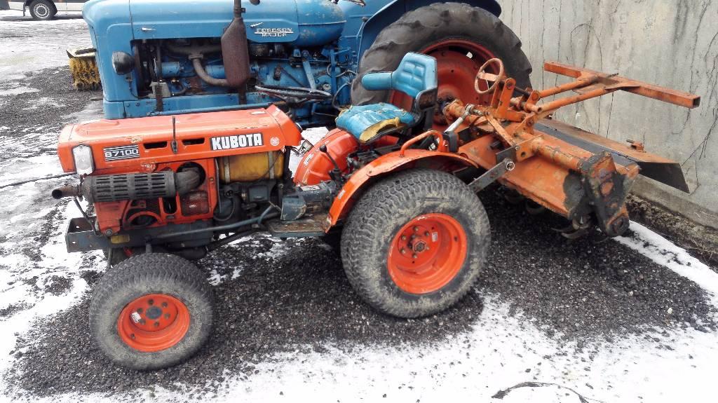 Kubota B7100 Backhoe : Kubota b tractors price £ year of