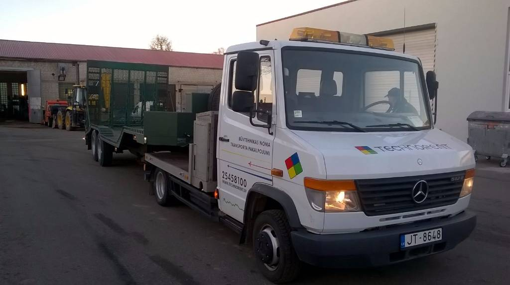 Used Mercedes Benz Vario 512 D Tractor Units Year 1998