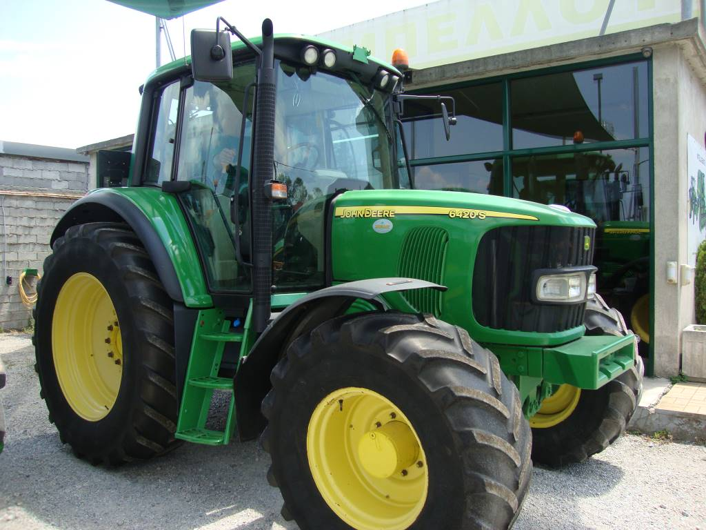 John Deere John Deere : Used john deere s premium tractors year for