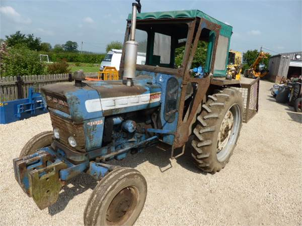 Ford 4000 Backhoe : Used ford major tractors year price