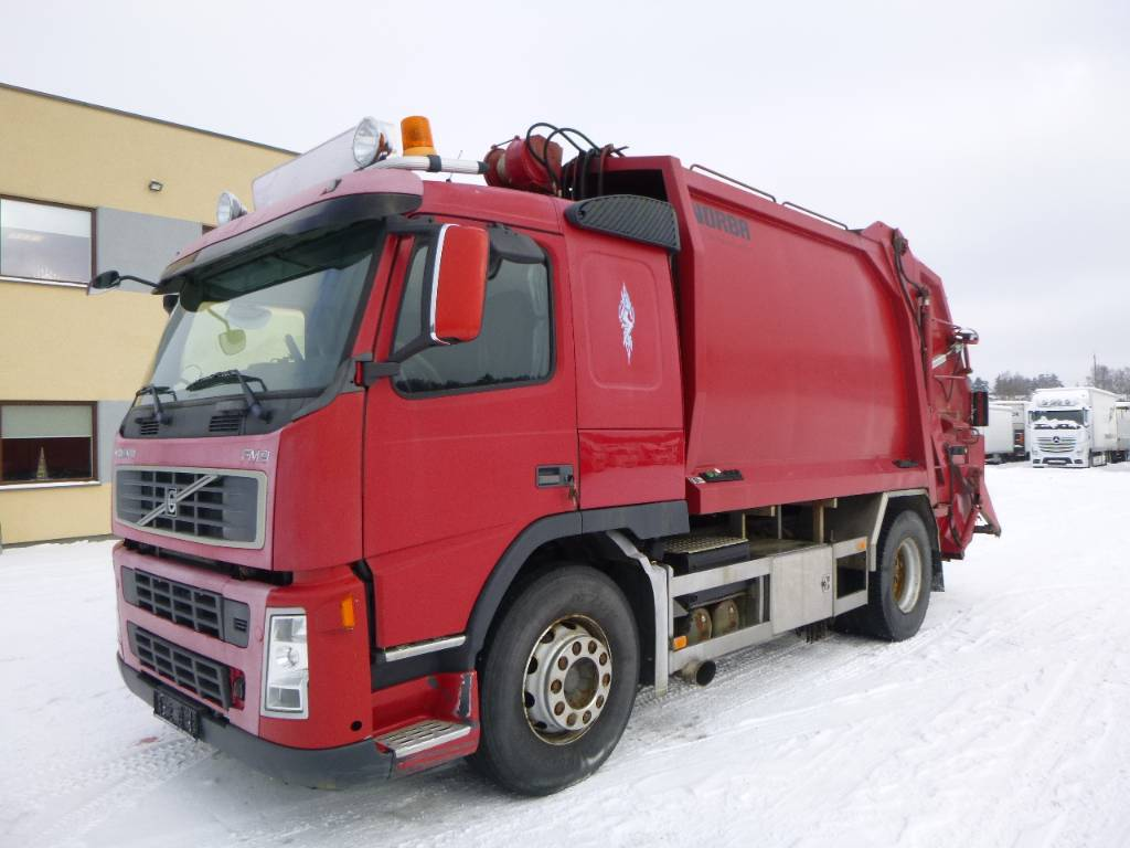 used volvo fm9 4x2 manual garbage trucks recycling trucks year 2002 price 7 952 for sale. Black Bedroom Furniture Sets. Home Design Ideas