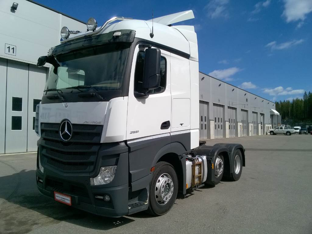 Mercedes benz actros 2551ls hydrauliikka year 2013 for Mercedes benz actros usa