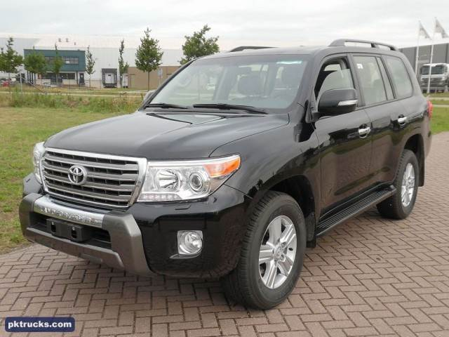 toyota land cruiser lc200 vx v8 occasion prix 55 500 ann e d 39 immatriculation 2015. Black Bedroom Furniture Sets. Home Design Ideas