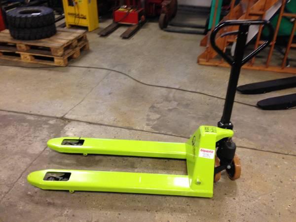 pramac pallyft lifter baujahr 2012 handhubwagen. Black Bedroom Furniture Sets. Home Design Ideas