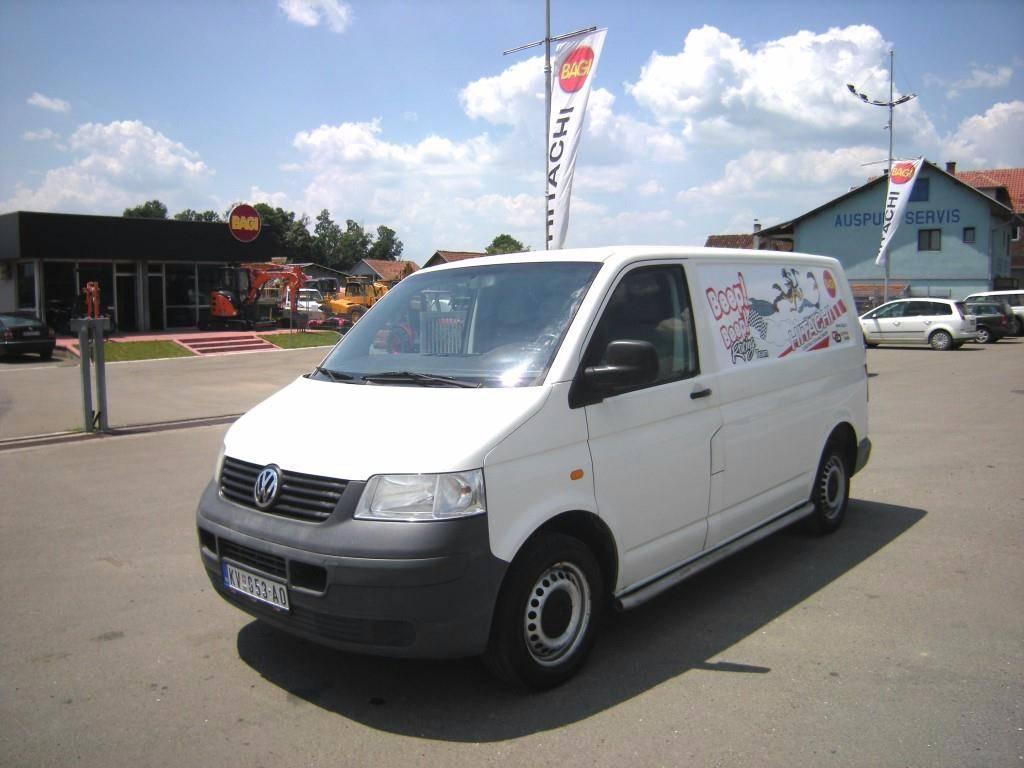 used volkswagen transporter t5 panel vans year 2005 price. Black Bedroom Furniture Sets. Home Design Ideas