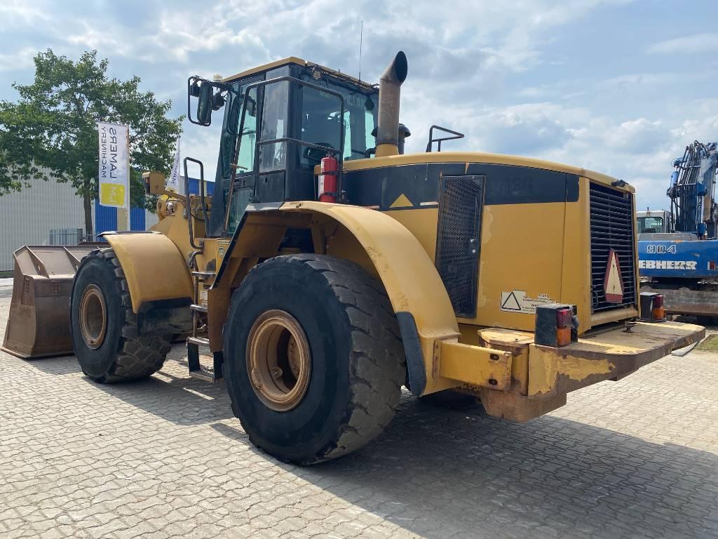 Caterpillar 966G with 3306 engine