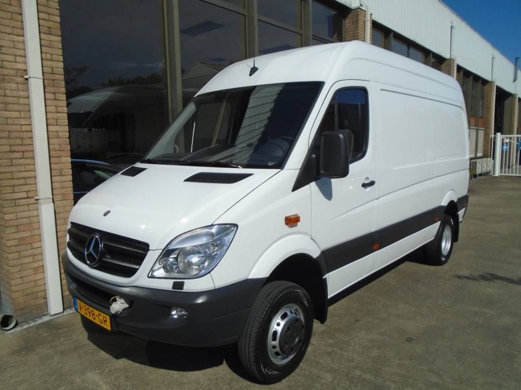 Used mercedes benz sprinter 516 cdi 4x4 panel vans year for Price of mercedes benz sprinter