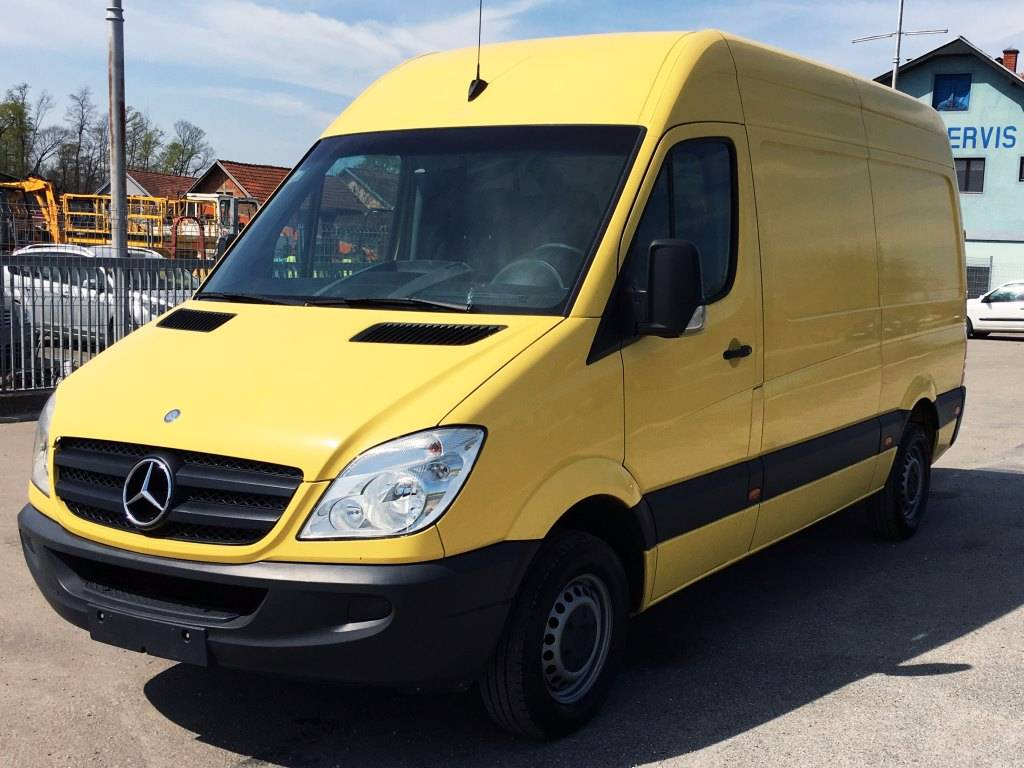 Mercedes benz sprinter 209 cdi year of manufacture 2008 for Mercedes benz vans uk