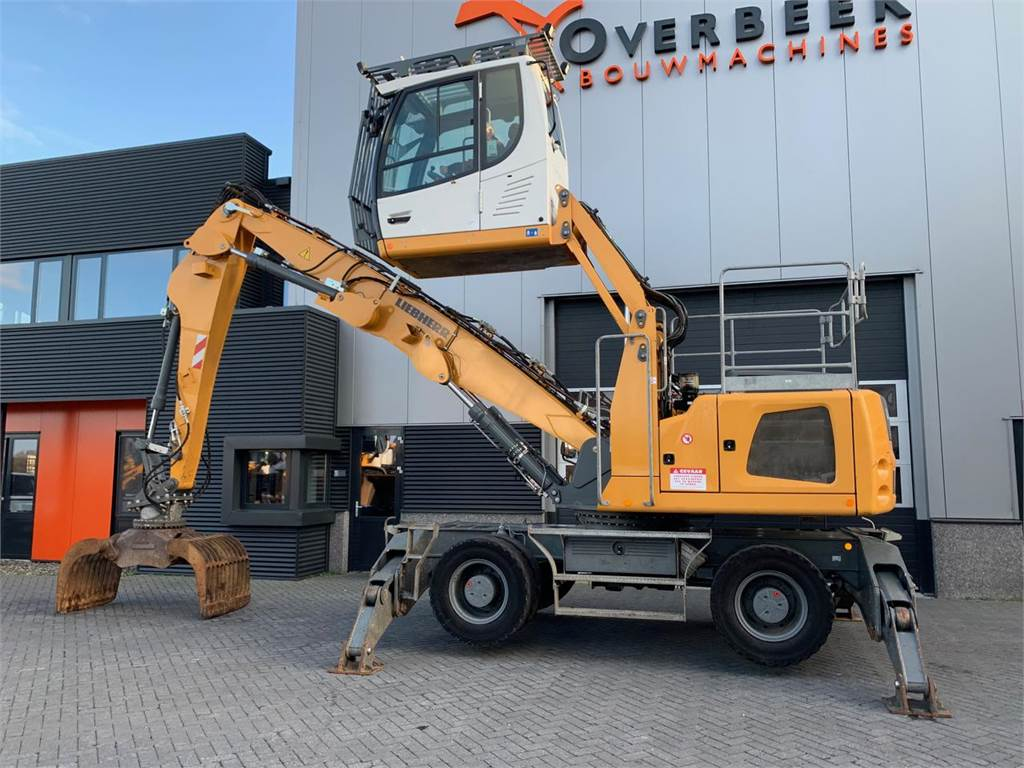 Liebherr LH22 M + Grab Only 6100 hrs
