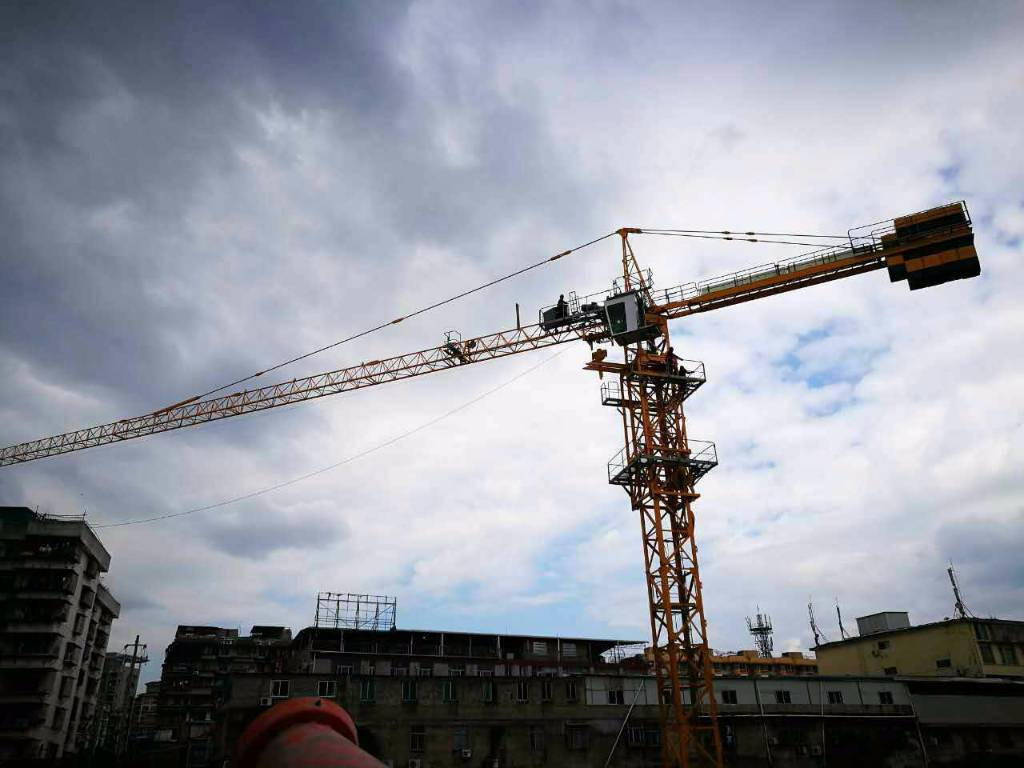 Zoomlion Tower Crane China : Used zoomlion tower cranes year price