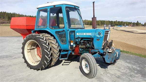Ford 4600 Tractor Information : Ford tractors price £ year of manufacture
