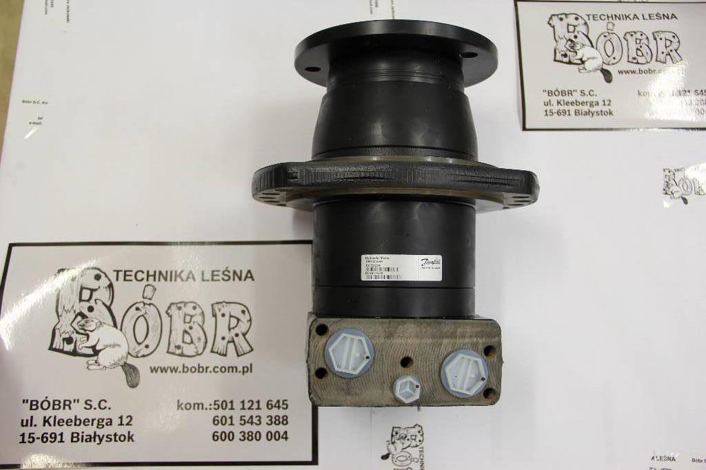 Used john deere f683940 hydraulic motor tmtw 630 for Hydraulic motors for sale