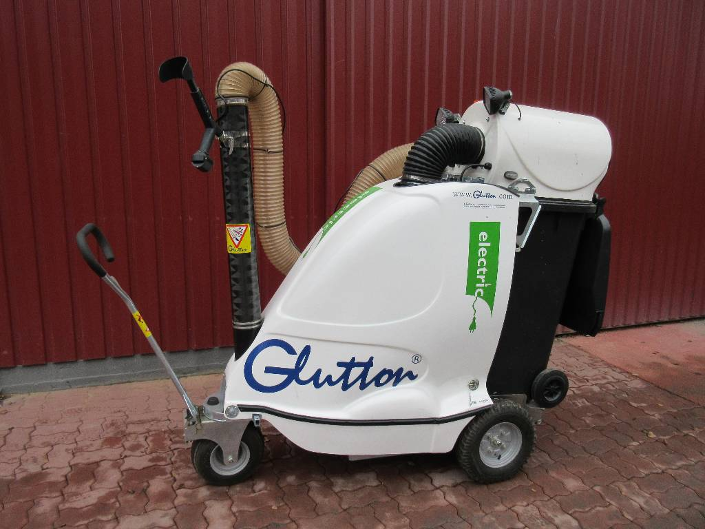 Glutton 2411 electric ann e d 39 immatriculation 2010 for Annonce espace vert