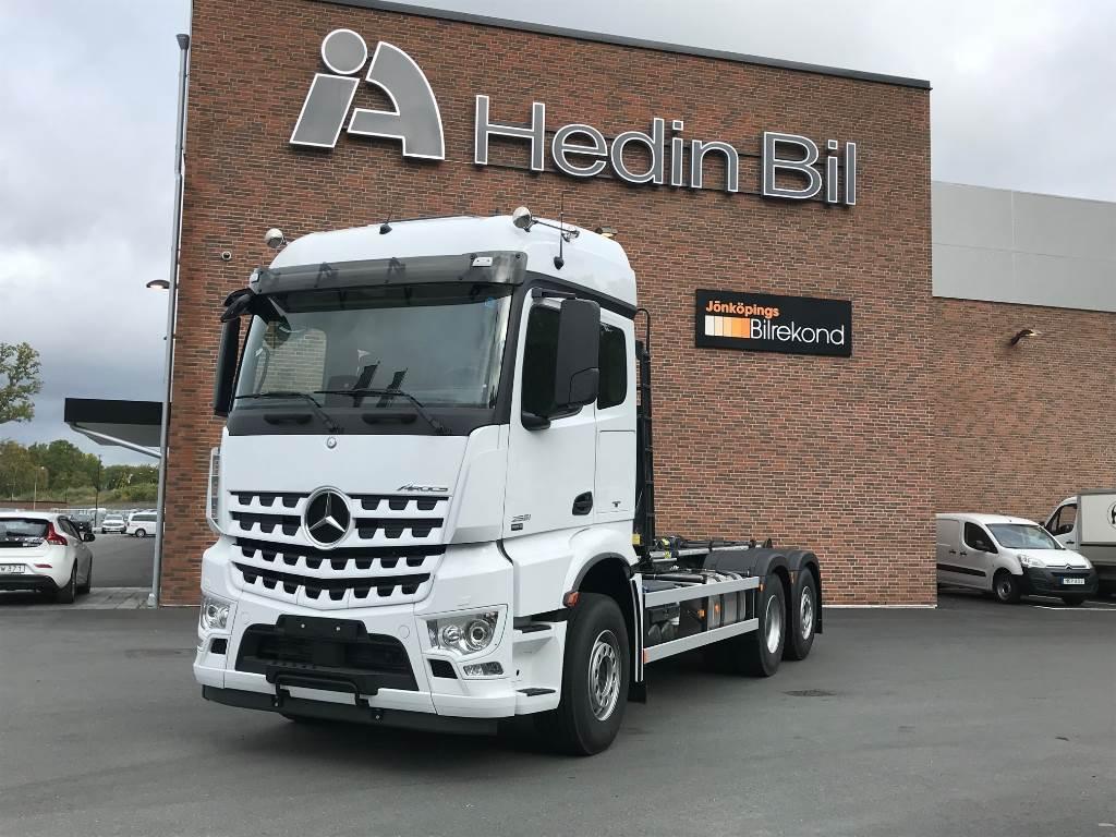 Used mercedes benz arocs 2551l 6x2 startklar demountable for Mercedes benz trucks for sale in usa