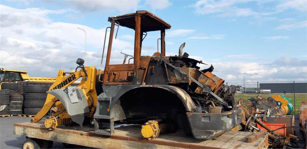 Liebherr L514 (For Parts)