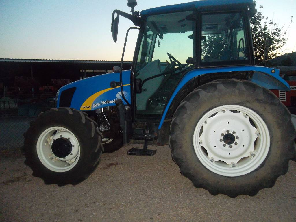 New Holland Tractors Used : Used new holland t tractors year for sale